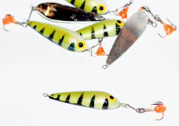 Under ice spinner- perch 45mm