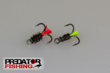 Hooks nr8 with green feather